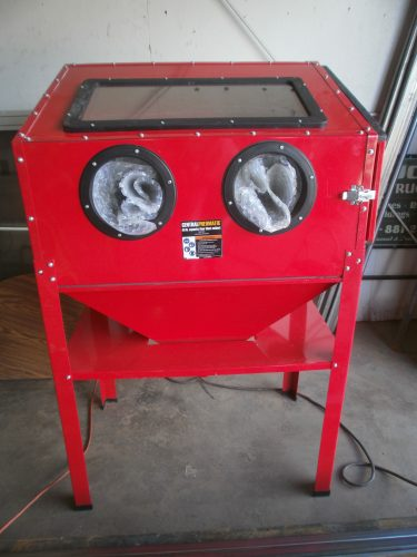 40 lb Capacity Bead Blast Cabinet